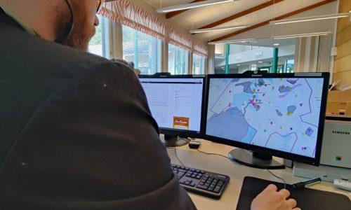 Hölböcorp CEO manipulates stock market?
